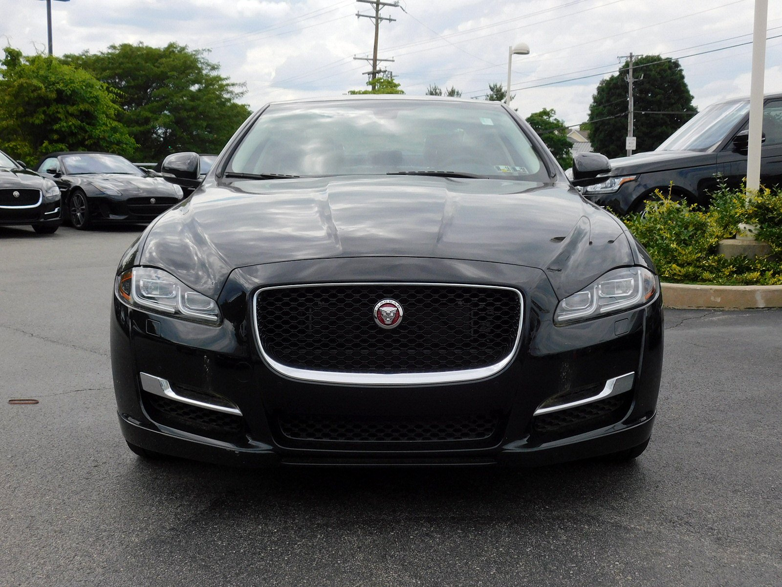 sedan owned awd door xf jaguar inventory sport used in cincinnati pre