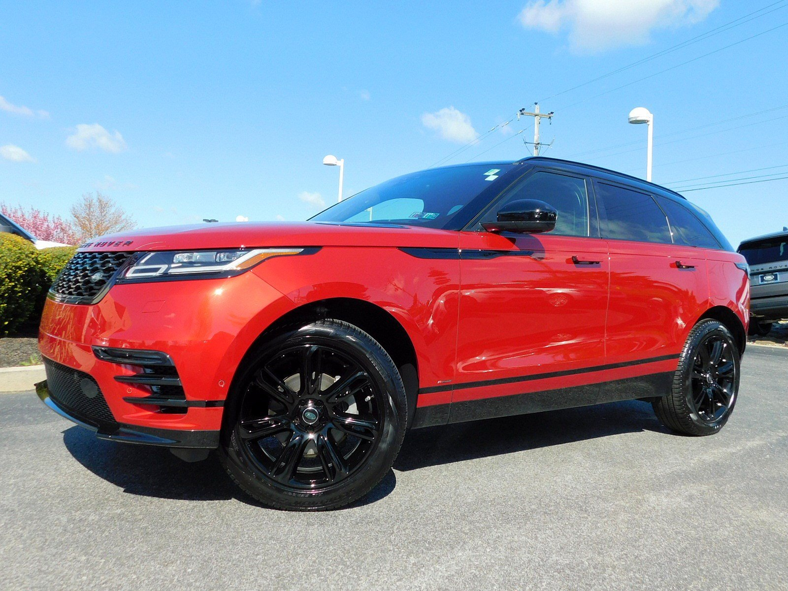 Pre-Owned 2020 Land Rover Range Rover Velar R-Dynamic S With Navigation & 4WD